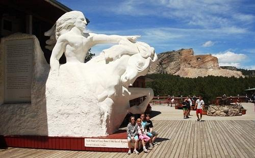 634881533151300000 Đến thăm The Crazy Horse Memorial, Black Hills